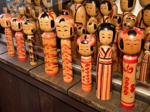 Kokeshi dolls in a souvenir shop in Tsuchiyu Onsen