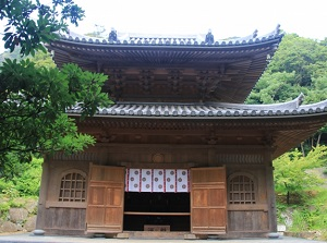 Restored main temple of Nihonji