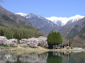 Kiso-Komagatake from Komagane in spring
