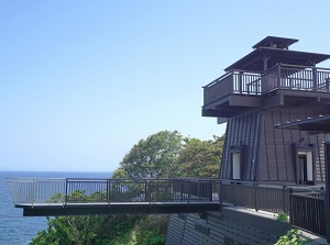 Thrilling observatory on Cape Suzu