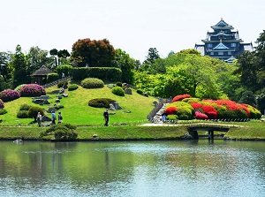 View of pond and Okayama Castle in Korakuen